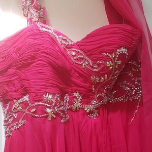 Beautiful NWT formal dress fushia sz 20